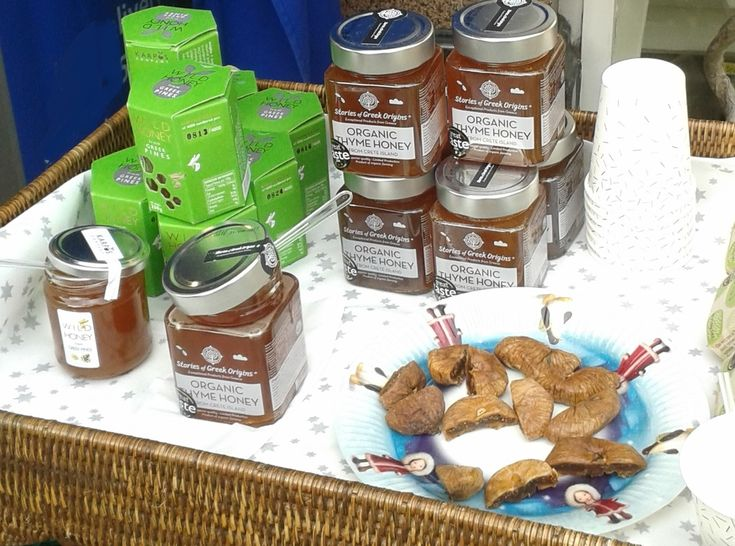 Premium and Luxury Organic foods. FOS-Squared is the only company which supplies the finest and widest organic honey product range to fine food shops and delicatessens in London and UK. www.soilandsun.co.uk