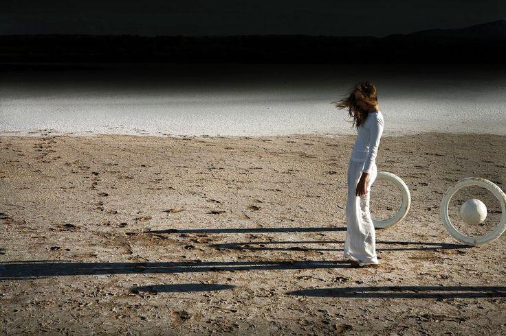 Magnetik © Corinne Mercadier/Les Filles du Calvaire - Read more: http://www.unseenamsterdam.com/unseen-collection-sneak-peek-corinne-mercadier