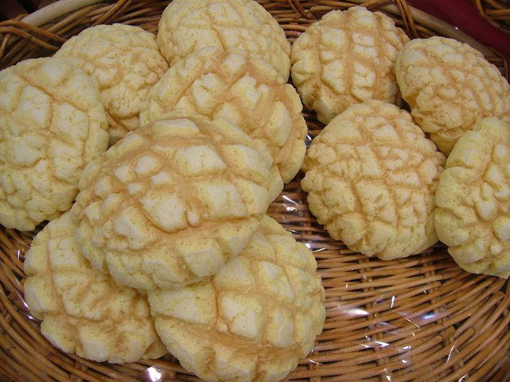 Pan de dulce; conchas y esponjas.