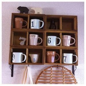 セリアBOXでマグカップ棚を作りました。 ハンドメイドの楽しい毎日
