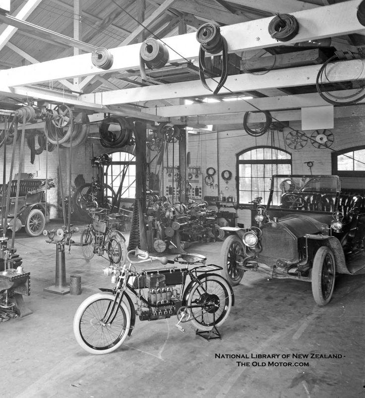 132 best Old auto shops images on Pinterest | Auto shops, Car ...