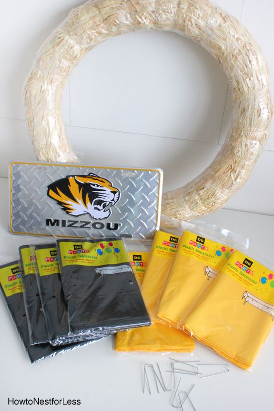 Easy college football wreath with @nestforless and Dollar General. #DGB2S