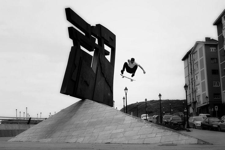 Dylan Rieder FS Flip | Spain - 2009 | Ryan Allan | Flickr