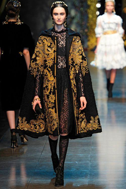 D & G 2012; contemporary traditional, cape, detail, accessories, decoration, lace