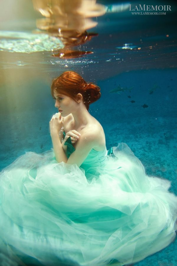 #Stylized #Portrait #Photographer #Toronto #LaMemoir #underwater #bridal #bride #fashion #trashthedress #creative #wedding #idea