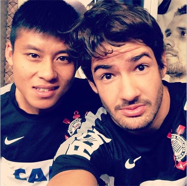 Sport Club Corinthians Paulista - Alexandre Pato e Chen Zhi Zhao: Pato elogia Zizao em rede social