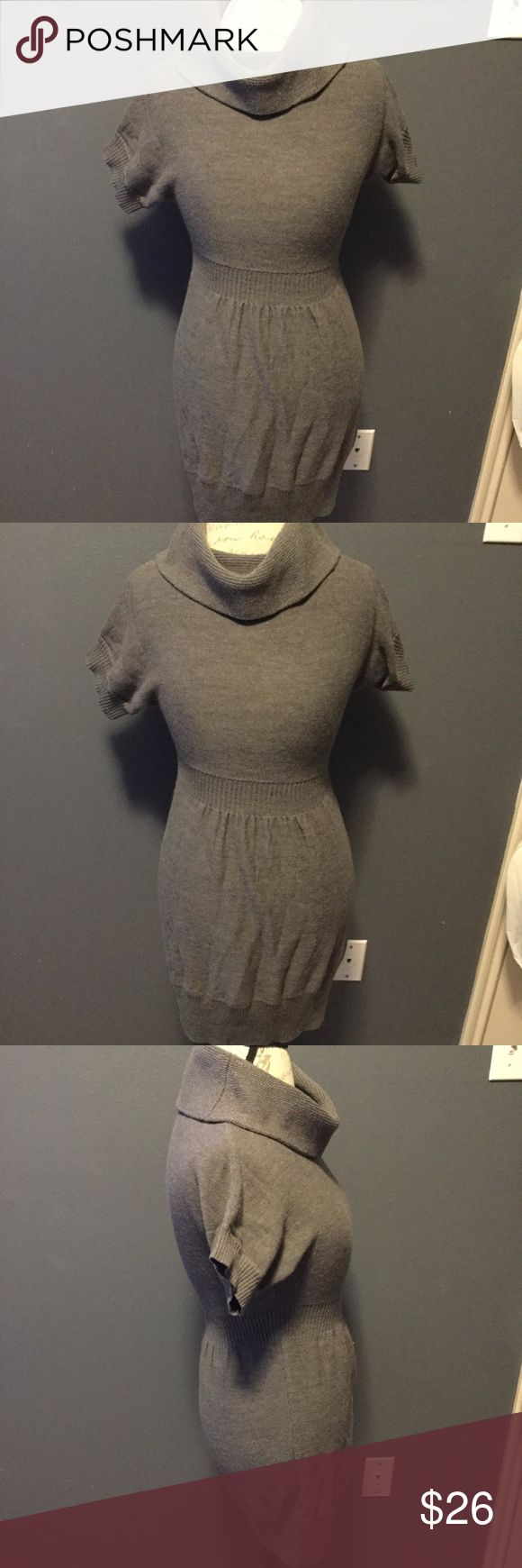 Women's Ann Taylor Petites Sweater Dress Size SP Style: Women's Sweater Dress  Size: SP Color: Gray Length: 32 Pit To Pit: 14 Country Of Manufacture: China Ann Taylor Dresses