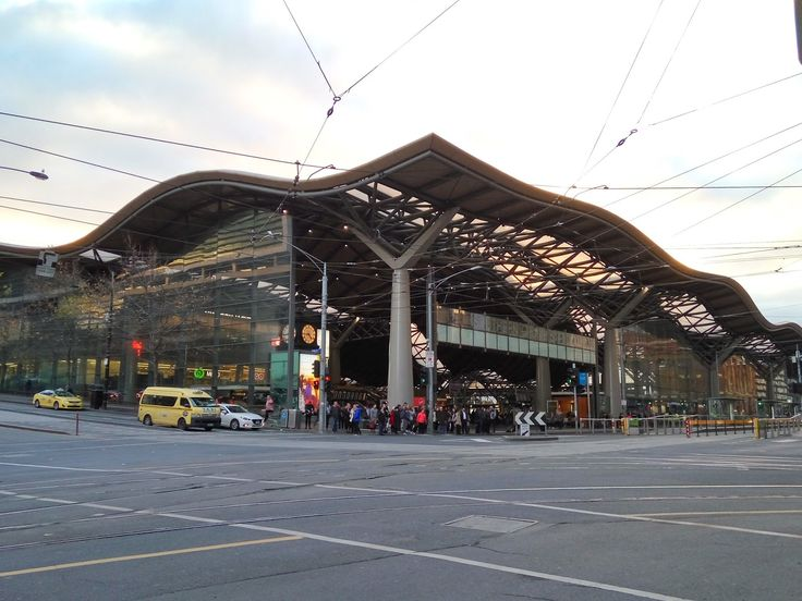 Southern Cross is the major railway station (V/Line Regional railway network) and transport hub for Melbourne, providing services to ...