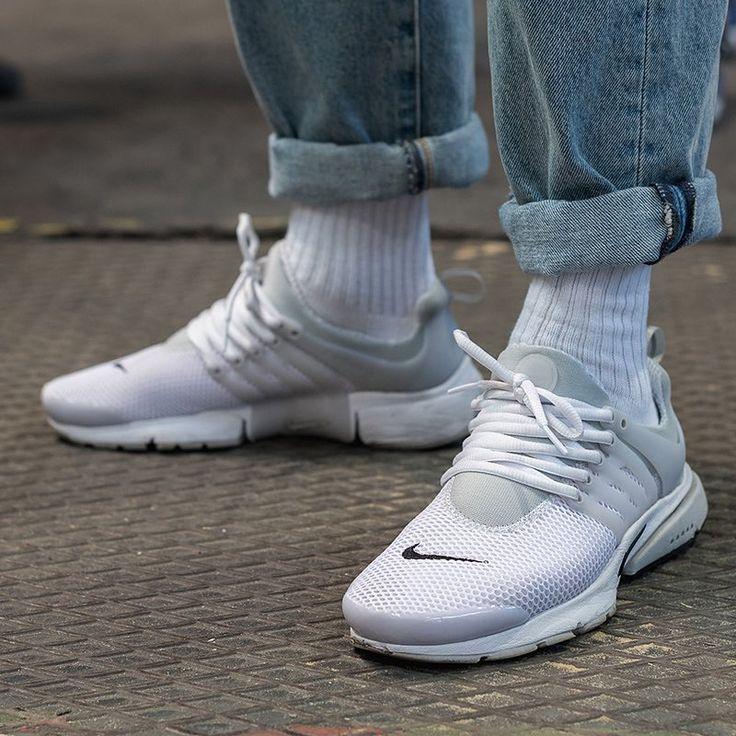 reputable site 06621 0bb7e Nike Air Presto All White On Feet