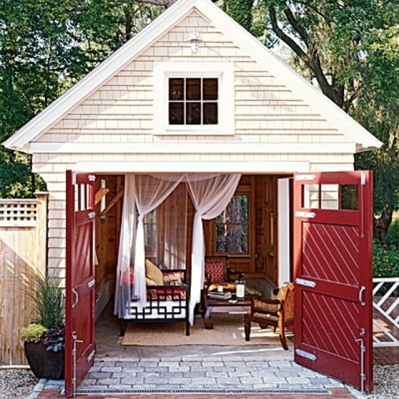 Sleeping house shed-love the doors and the idea