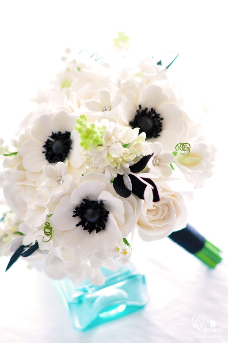 771 best sugar flowers images on pinterest sugar flowers cake dk designs white and black bouquet for a southern wedding dhlflorist Image collections