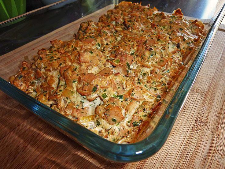 Zutaten 500 g Hähnchenbrustfilet(s) oder Putenbrustfilet 150 g Frischkäse mit Kräutern, z.B. Philadelphia 200 ml Sahne 100 m...