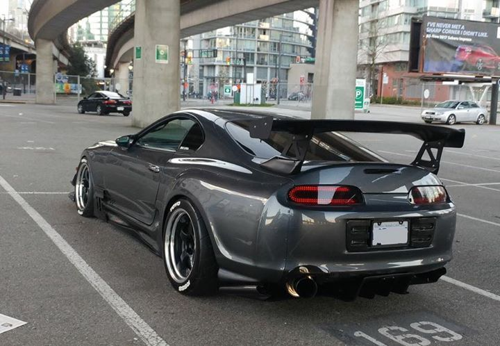 The Tails And Wide Body