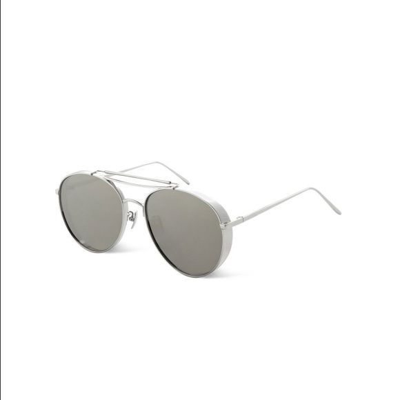 Gentle Monster Big Bully silver and Silver mirror Brand new in box. 100% Authentic . Made in Korea . Silver and Silver mirror lens . Gentle Monster Big Bully Gentle Monster Accessories Glasses