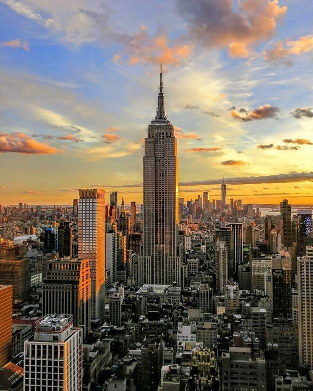 In Love With New York Stop Wasting Money On Your Hotels Bookings In New York Visit Unlimitednewyork Com Best Visit New York Ney York City New York Wallpaper