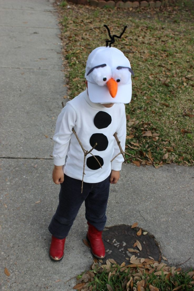 my little DIY Olaf costume from Frozen