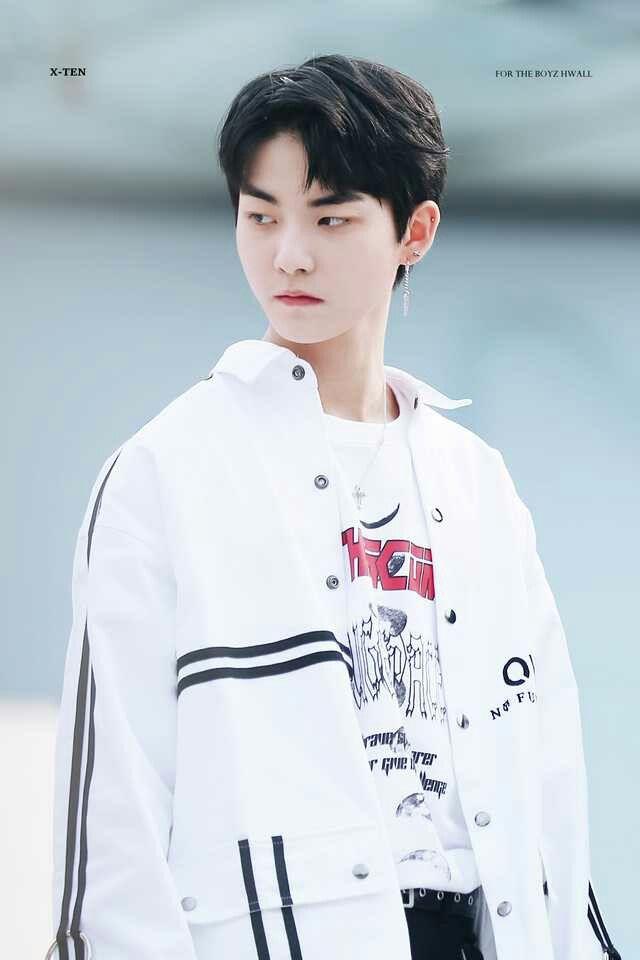 Heo hyunjoon #HWALL #THEBOYZ