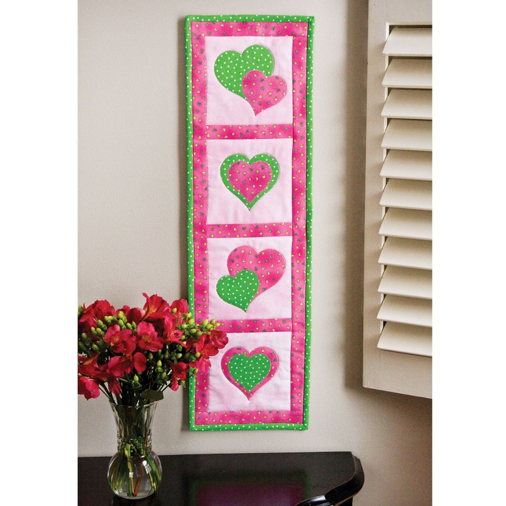 Quilting Project Ideas : 39 best images about Skinny Quilts on Pinterest Skinny quilts, Table runners and Mini quilts