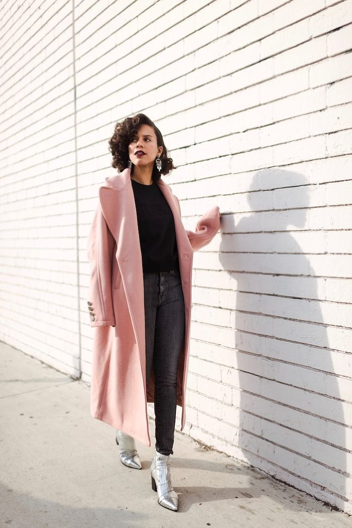 Big pink coat from GUESS paired with a black sweater, grey skinny jeans, silver boots and silver earrings. Winter OOTD - STYLE ME GRASIE street style