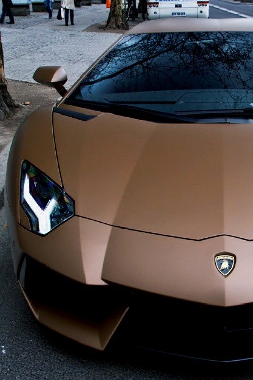 Lush #Lamborghini Aventador via | http://awesome-cars-and-such-collections.blogspot.com