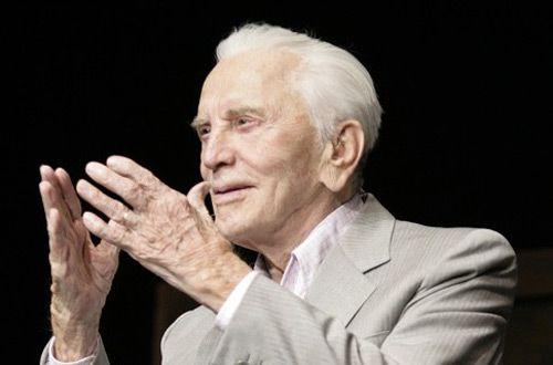 99-летний Кирк Дуглас пожертвовал $15 млн соотечественникам