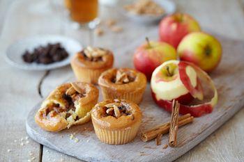 Lekker recept voor appeltaart cupcakes. Makkelijk om te maken met onze lekkere quarqycakemix (40% minder vet dan gewone cake)