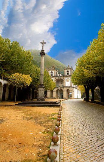 Municípios de Portugal Amares - Distrito de Braga - Fique a conhecer os tesouros do Minho em: www.asenhoradomonte.com