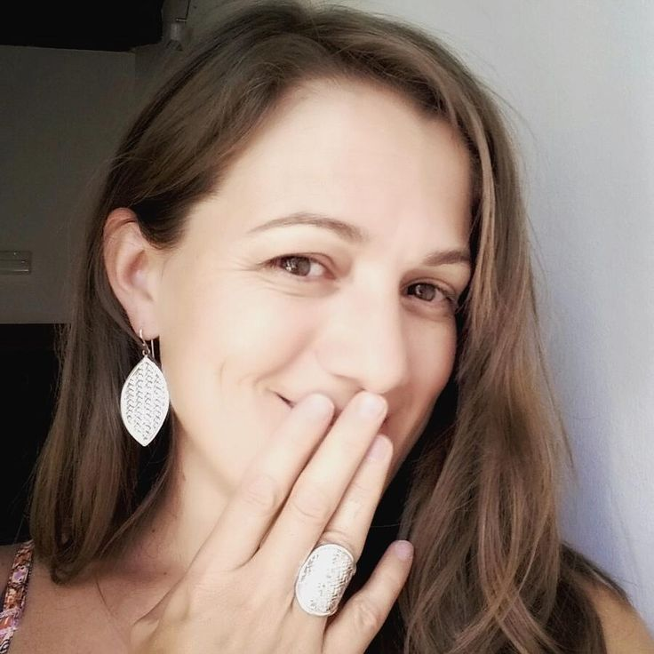 Glowing with beauty and love! Camilla has paired up the Sanur Silver Earrings with a Soka Silver Ring.