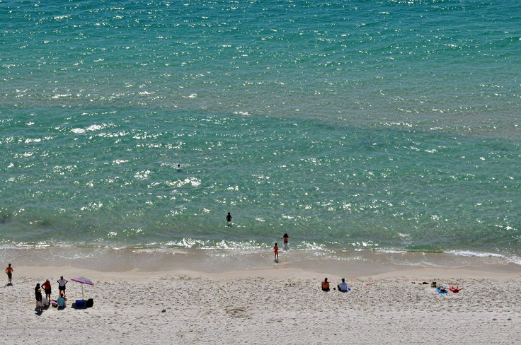 With sweeping views of the Gulf and all the comforts of home, Aqua Resort is the perfect beach retreat.
