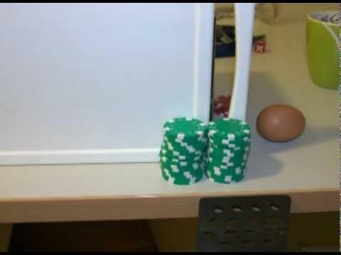 how to make a eierspeis    Ein Ei durchläuft einen Parcour und wird schlussendlich in einer Pfanne zu Rührei verarbeitet.    Projekt Mediengeschichte 2009    mt091089, Josef Pucher  mt091108, Markus Weigl