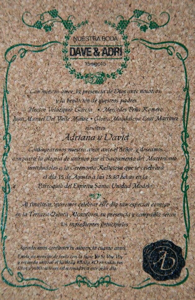Invitación para boda en corcho