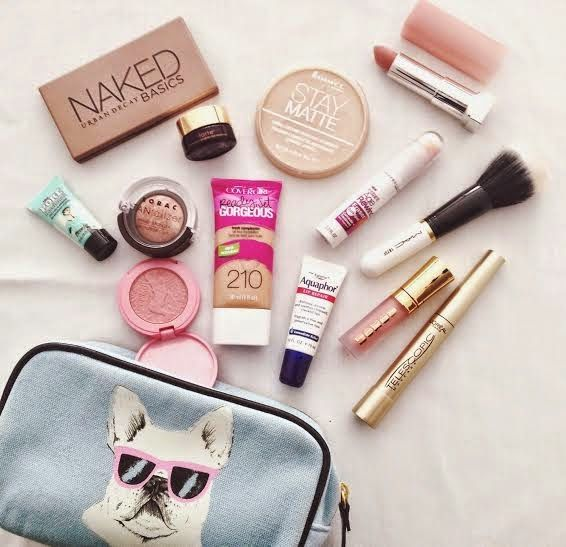 fashion-weakness: What's in my Makeup Bag?