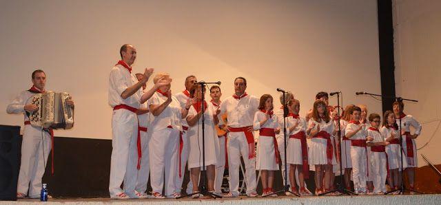 Santacara: Festival Jotas Fin de Curso en Santacara - 1ª Part...