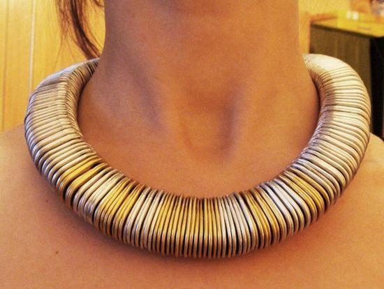Magdalena Dubiel: pull tabs necklace | naszyjnik z zawleczek od puszek