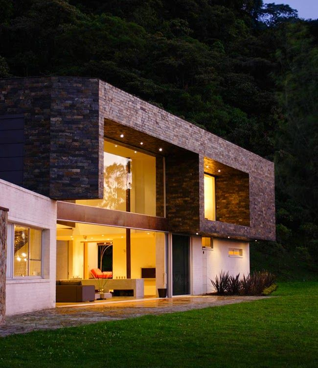The 25 best ideas about casas prefabricadas hormigon on - Casas con chimeneas modernas ...