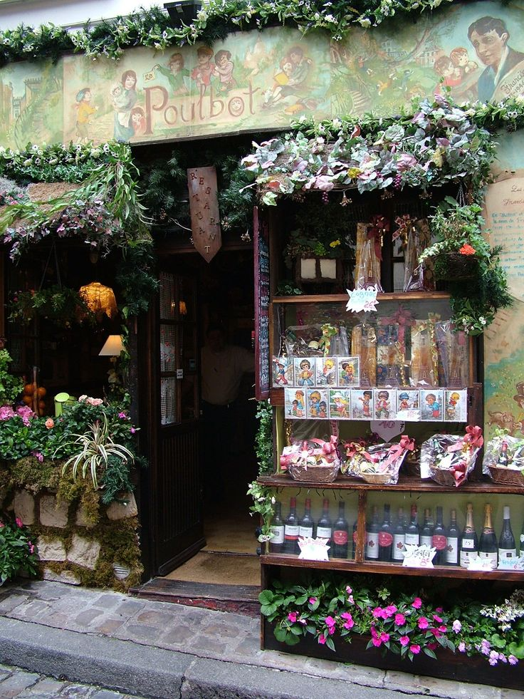 In love with this romantic Victorian inspired storefront! Flowers everywhere! Source: http://starrylibrarian.blogspot.com/2011/10/flower-shop.html