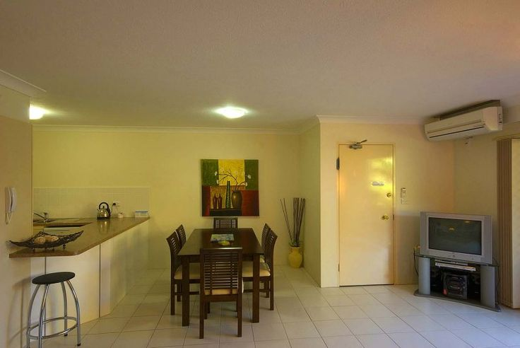 Bayview Waters - The Apartment - Runaway Bay Family Accommodation