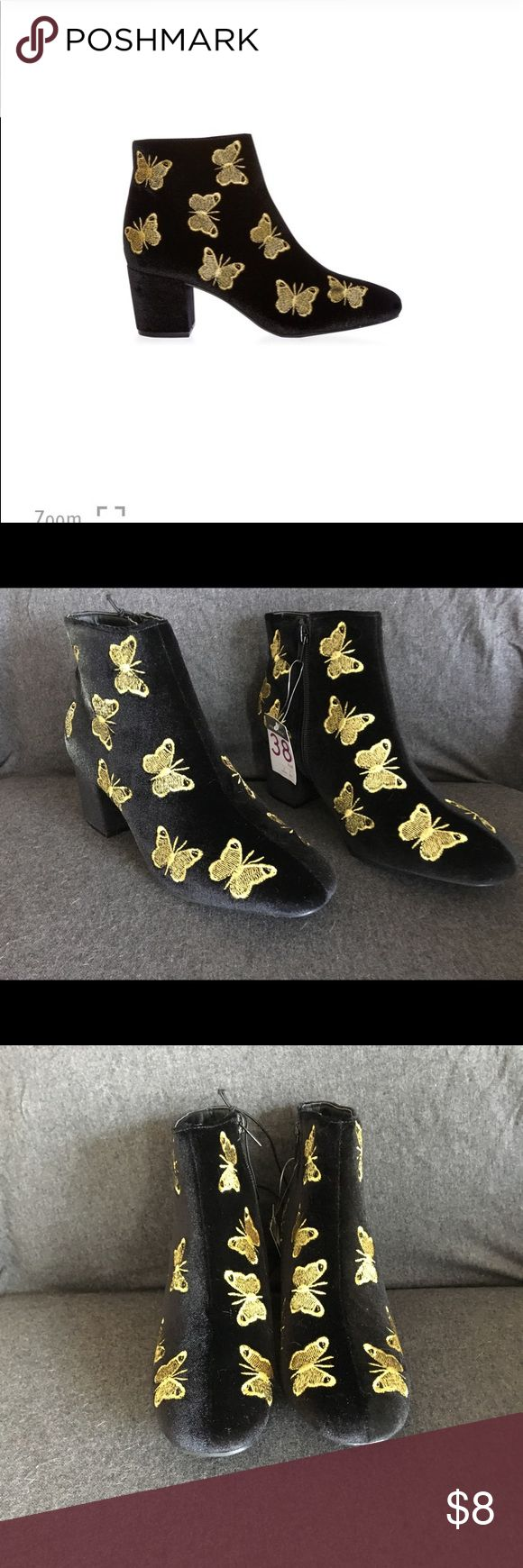 Primark Embroidered Butterfly ankle boots 38 NEW  Black Velvet with gold embroidered butterflies.  Block heel of 2.5 inches.   Size 38 fits like a 7.5 Size 39 fits like an 8.5 primark Shoes Ankle Boots & Booties