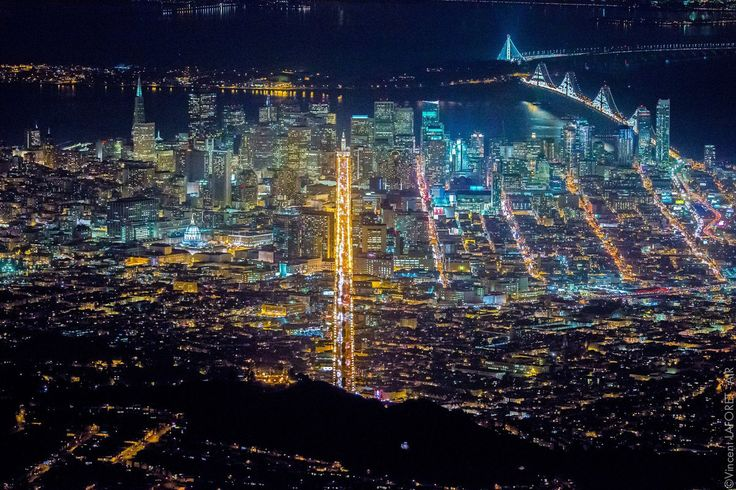 Vincent Laforet Takes A Helicopter Up To 7,200 Feet To Capture Amazing Views Of San Francisco.......