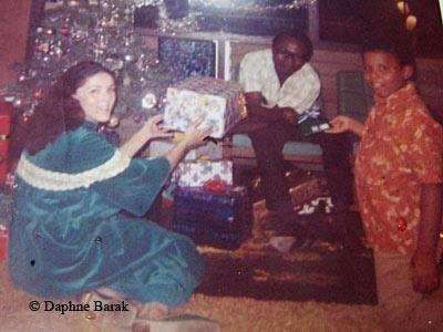 President Obama, as a boy, with his parents Ann Dunham & Barack Obama, Sr.