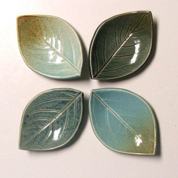 Conjunto de cuatro mano construido placas de cerámica