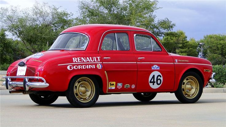 1964 RENAULT DAUPHINE 4 DOOR SEDAN