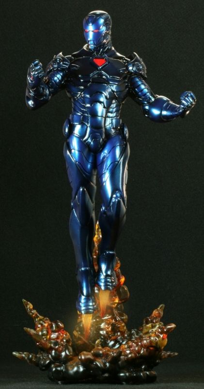 Iron Man Stealth statue  Sculpted by: Kucharek Brothers    Release Date: April 2009  Edition Size: 1500  Order Of Release: Phase IV (statue #147)    ////  Marvelicious Toys - The Marvel Universe Toy & Collectibles Podcast