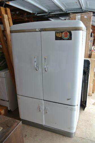 Vintage 1930s Ge Deluxe Model Refrigerator Double Doors