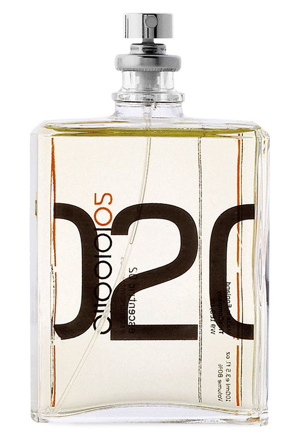 Described as effortless, easygoing, a go-to fragrance, easy to wear, with both crisp and warm notes.