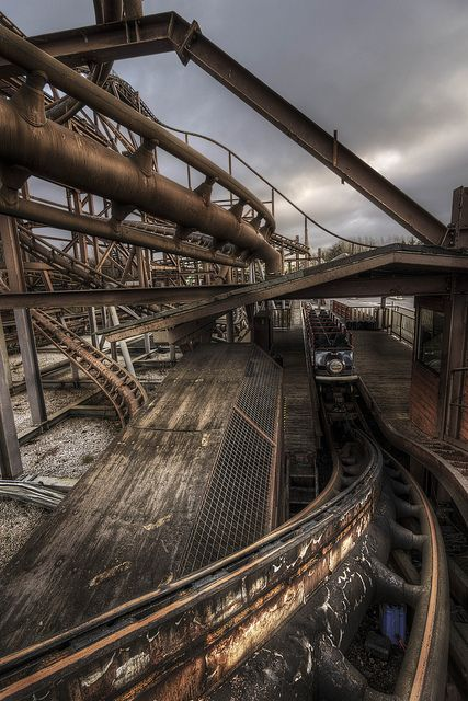 The prominence of rust in this image and the colour brown really helps to convey dereliction, also, the wide angle really helps to capture everything in crisp detail. Camelot Theme Park