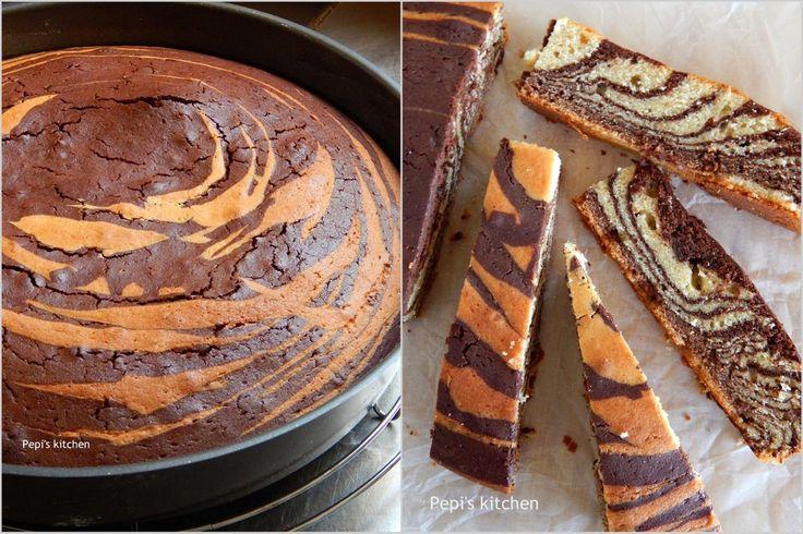 Κέικ Ζέβρα http://laxtaristessyntages.blogspot.gr/2015/04/zebra-cake.html