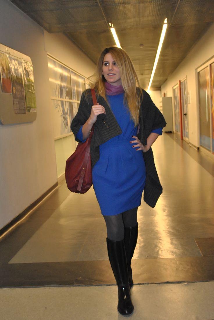 Caram Lis E Blue Dress Rainboot Fashion Pinterest Blue Dresses Wellies Rain Boots And