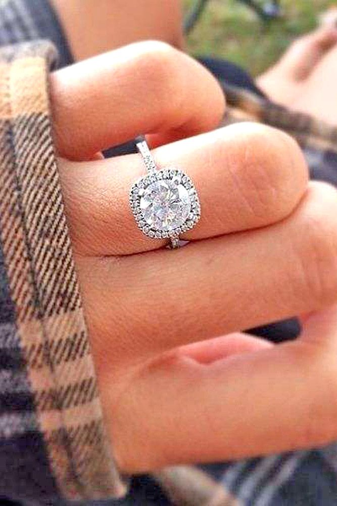 25 best ideas about engagement rings round on pinterest round wedding rings round diamond engagement rings and round cut engagement rings - Square Wedding Ring