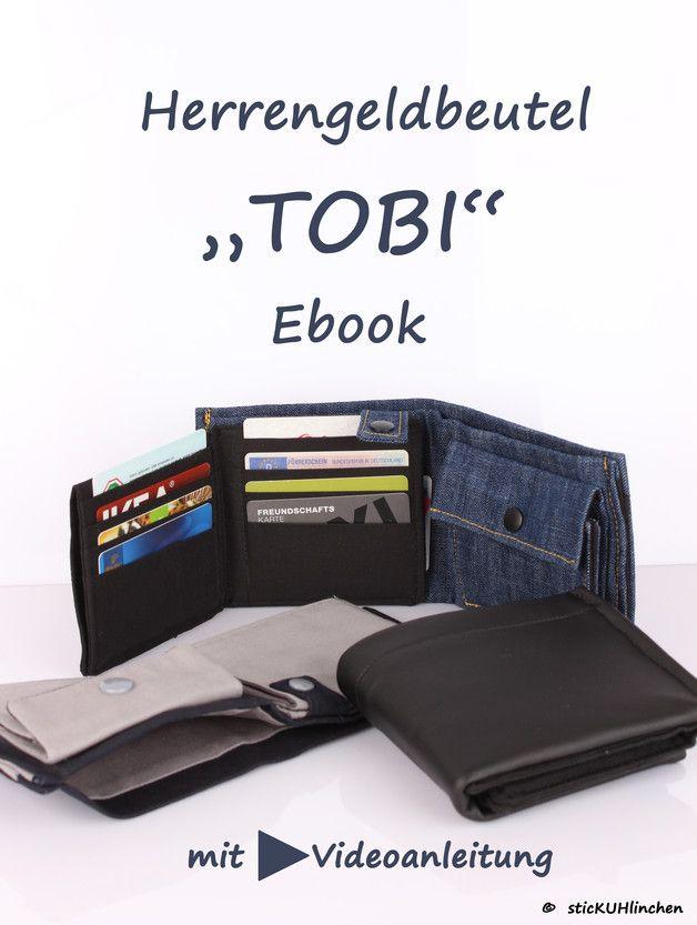 """**EBOOK """"TOBI"""" ein cooler Herrengeldbeutel**  Der Herrengeldbeutel """"TOBI"""" ist ein tolles Accessoire für Männer, coole Jungs und Jugendliche. Bei diesem Geldbeutel ist die Stoffauswahl besonders..."""